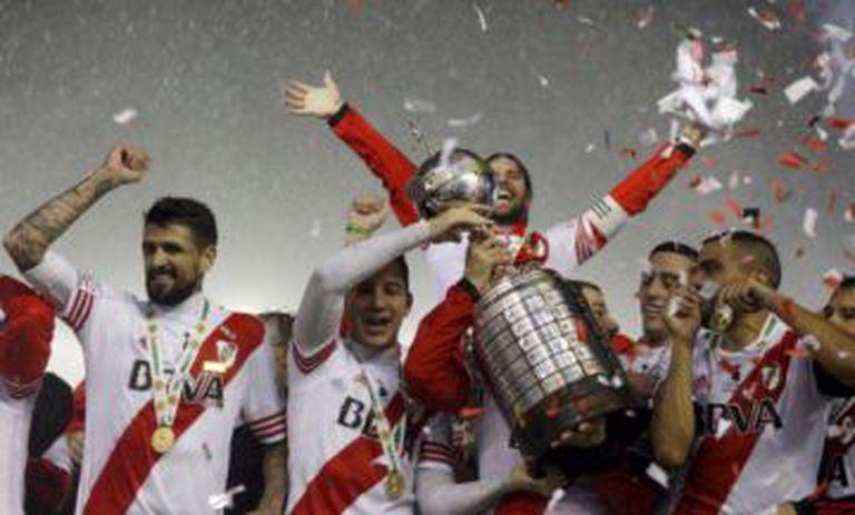 Jogadores do River celebram título da Libertadores 2015.
