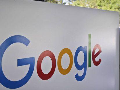 Logo do Google na sede do grupo, em Mountain View (Califórnia).