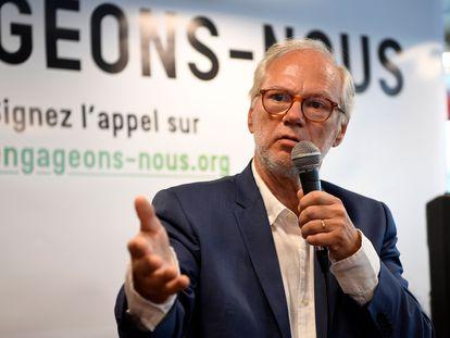 O jornalista Laurent Joffrin no lançamento do movimento Les Engagé.e.s, nesta segunda-feira, em Paris.