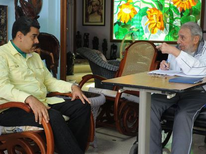 Fidel Castro com Nicolás Maduro, pouco antes da visita de Obama a Cuba.