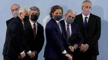 Os novos ministros do Gabinete de Alberto Fernández durante sua posse na Casa Rosada, nesta segunda-feira.
