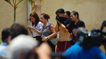 Movimentação após os tiros no Colégio Goyases, em Goiânia, no dia 20 de outubro