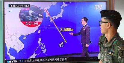 Soldado sul-coreano assiste a planos da Coreia do Norte de atacar Guam