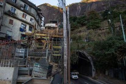As obras na Rocinha do plano inclinado estão paradas.