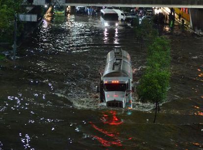 Inundações pelas chuvas torrenciais na Cidade do México.
