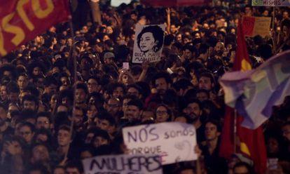 Uma manifestação contra o assassinato de Marielle Franco no Rio de Janeiro.