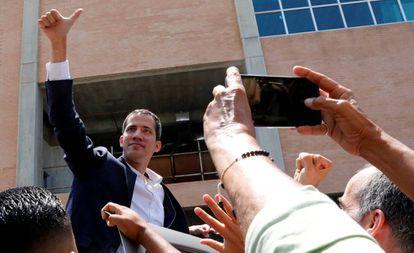 Juan Guaidó em sua chegada a Caracas.