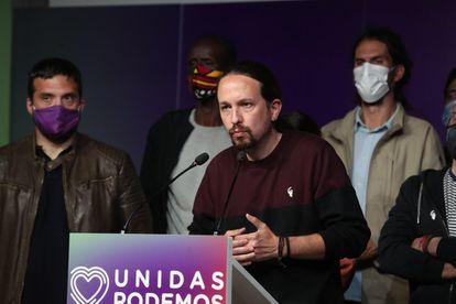 Pablo Iglesias, candidato de Podemos, no discurso em que anuncia seu abandono da política institucional.