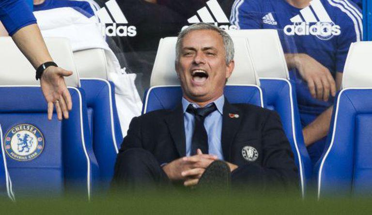 Mourinho, na partida contra o Liverpool.