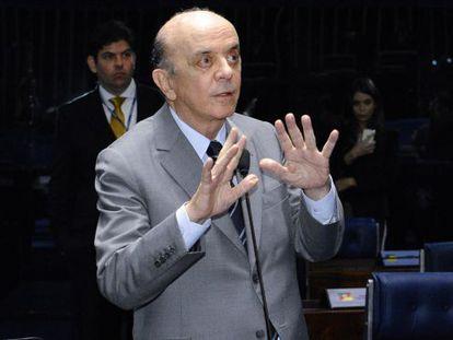 O senador Serra no Senado, no dia 3.