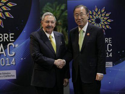 Raúl Castro e o secretario da ONU, Ban Ki Moon.
