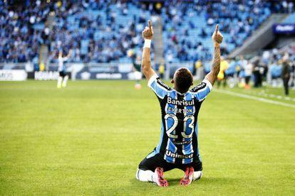 Everton, jogador do Grêmio, durante a partida contra o Goiás pelo Campeonato Brasileiro no dia 6 de setembro.