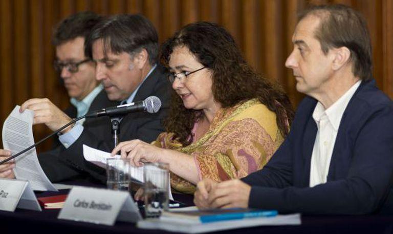 Especialistas externos do 'caso Iguala' em entrevista à imprensa.