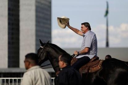 O presidente Jair Bolsonaro no dia 15, durante manifestação em Brasília.