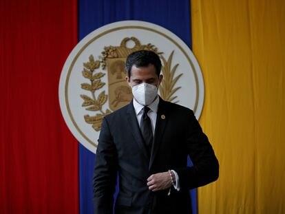 O líder oposicionista, Juan Guaidó, participa de uma sessão da Assembleia Nacional em Caracas, em 15 de dezembro.