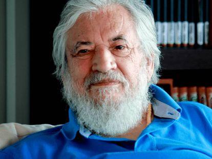 Claudio Naranjo, promotor do eneagrama da personalidade, propõe um novo modelo de formação para produzir mentes aguçadas.