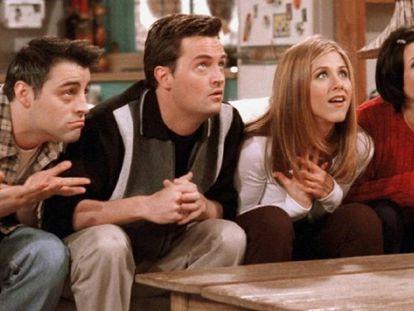 Joey, Chandler, Rachel e Monica, em um episódio da série.