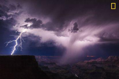 Tormenta elétrica no Colorado.