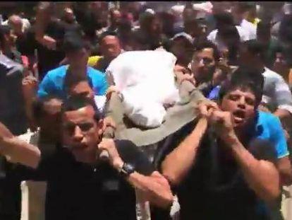 Funerales multitudinarios na faixa de Gaza.