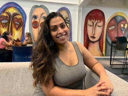 Melissa Souza, 27, levou sua experiência com atendimento nas ONGs em que atuou para o dia a dia na empresa.
