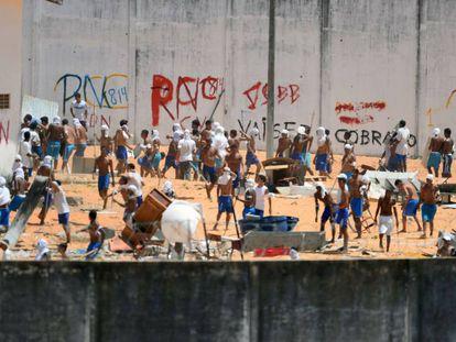 Confronto entre presos do PCC e do Sindicato do Crime no Rio Grande do Norte em janeiro de 2017.