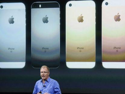 Apple apresenta o iPhone SE, seu celular mais barato