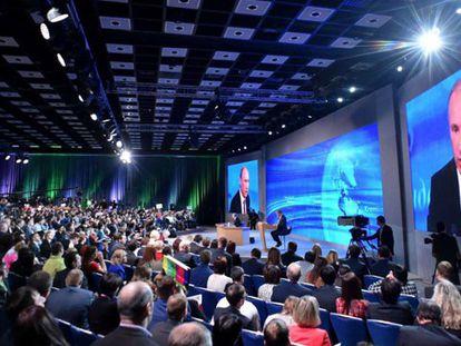 Entrevista anual de Putin, em Moscou.