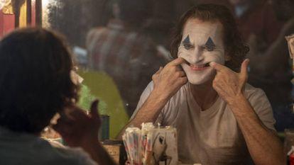 Joaquin Phoenix em uma cena de 'Coringa' (Niko Tavernise/Warner Bros. Pictures via AP).
