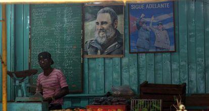 Barraca de verduras em Havana em 5 de janeiro de 2014.