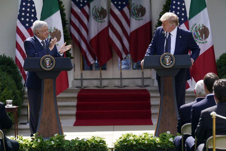 López Obrador em entrevista coletiva com Donald Trump na Casa Branca.