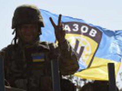 O conflito na Ucrânia deixou mais de 2.000 mortos e cerca de um milhão de deslocados, de acordo com as Nações Unidas