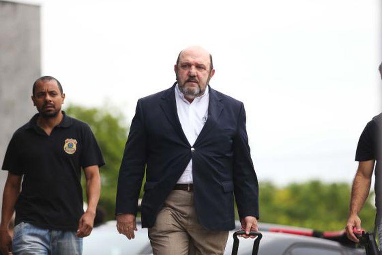 Ricardo Pessoa chega à sede da PF em novembro, quando foi preso.