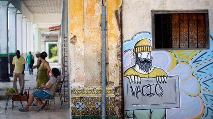 Vista de um mural em Havana (Cuba) em 1º de setembro. O banco central anunciou recentemente a legalização das criptomoedas