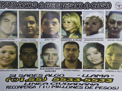 Um cartaz com as fotos dos 12 desaparecidos em um 'after hours' na Cidade do México.