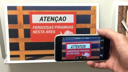 O aplicativo Word Lens permite traduzir cartazes diretamente na tela.