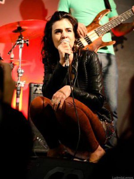A cantora Mariana Aydar.
