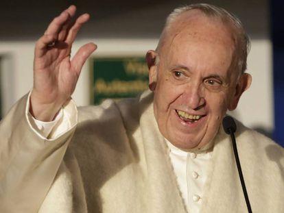 O papa Francisco na chegada à Colômbia