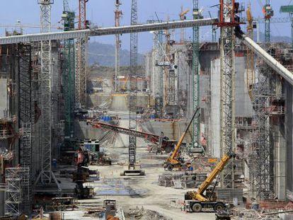 Obras do projeto de ampliação do Canal do Panamá.