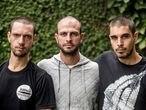 De esquerda a direita, Daniel Govino, Marcelo Aron Cwerver e João Romano, da Brigada de Alter do Chão.