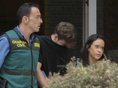 Patrick Nogueira, quando foi depor na Polícia Civil, em 20 de outubro.