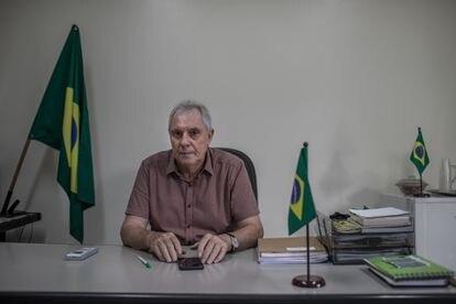 O presidente do sindicato rural de Sinop, Ilson Redivo, em seu escritório. A entidade agrupa 270 produtores nesta cidade, fundada por colonos nos anos de 1970.