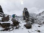 Lakpa Nuru Sherpa, uno de los autores del libro 'Sherpas. La otra historia del Himalaya' en el Zetra La.