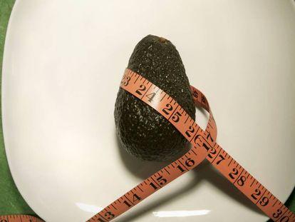 Seis erros na dieta que nos fazem engordar mesmo comendo alimentos saudáveis