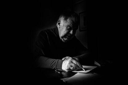 Jaime Lerner, em seu estúdio em Curitiba.