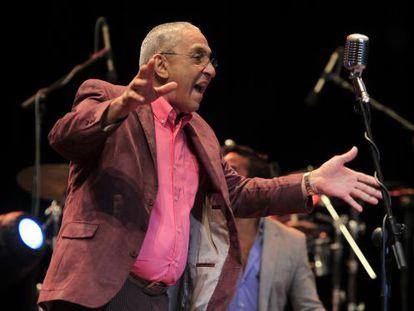 O músico cubano fundador da orquestra Los Van Van, em 2012.