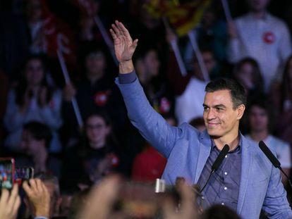 O candidato Pedro Sánchez, durante o último ato de campanha do PSOE, em Barcelona