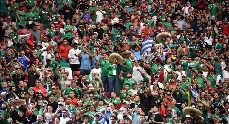 A torcida mexicana durante um jogo da Copa América