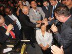 La diputada federal y fundadora de la iglesia evangélica Ministerio Flordelis, Flordelis dos Santos, durante la ceremonia religiosa por la muerte del pastor Anderson do Carmo, el 17 de junio en Río de Jaineiro.