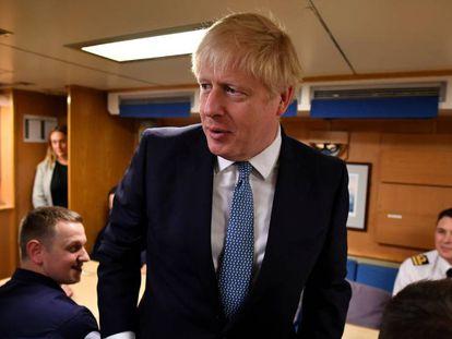 Boris Johnson, nesta segunda-feira, durante visita a uma base naval na Escócia.