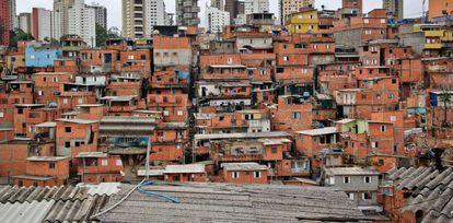 No distrito de Vila Andrade, onde fica Paraisópolis, a idade média ao morrer é de 63,6 anos. O Distrito é vizinho do Morumbi, onde os moradores morrem, em média, 10 anos mais velhos – aos 73,5